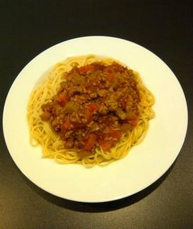 Spaghetti met selder en wortelen