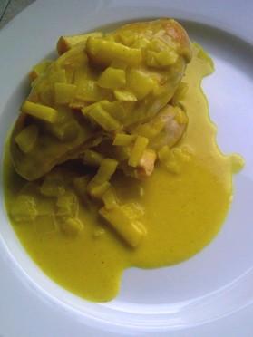 Currysaus met kokosmelk