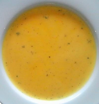 Zuiderse wortelsoep met feta