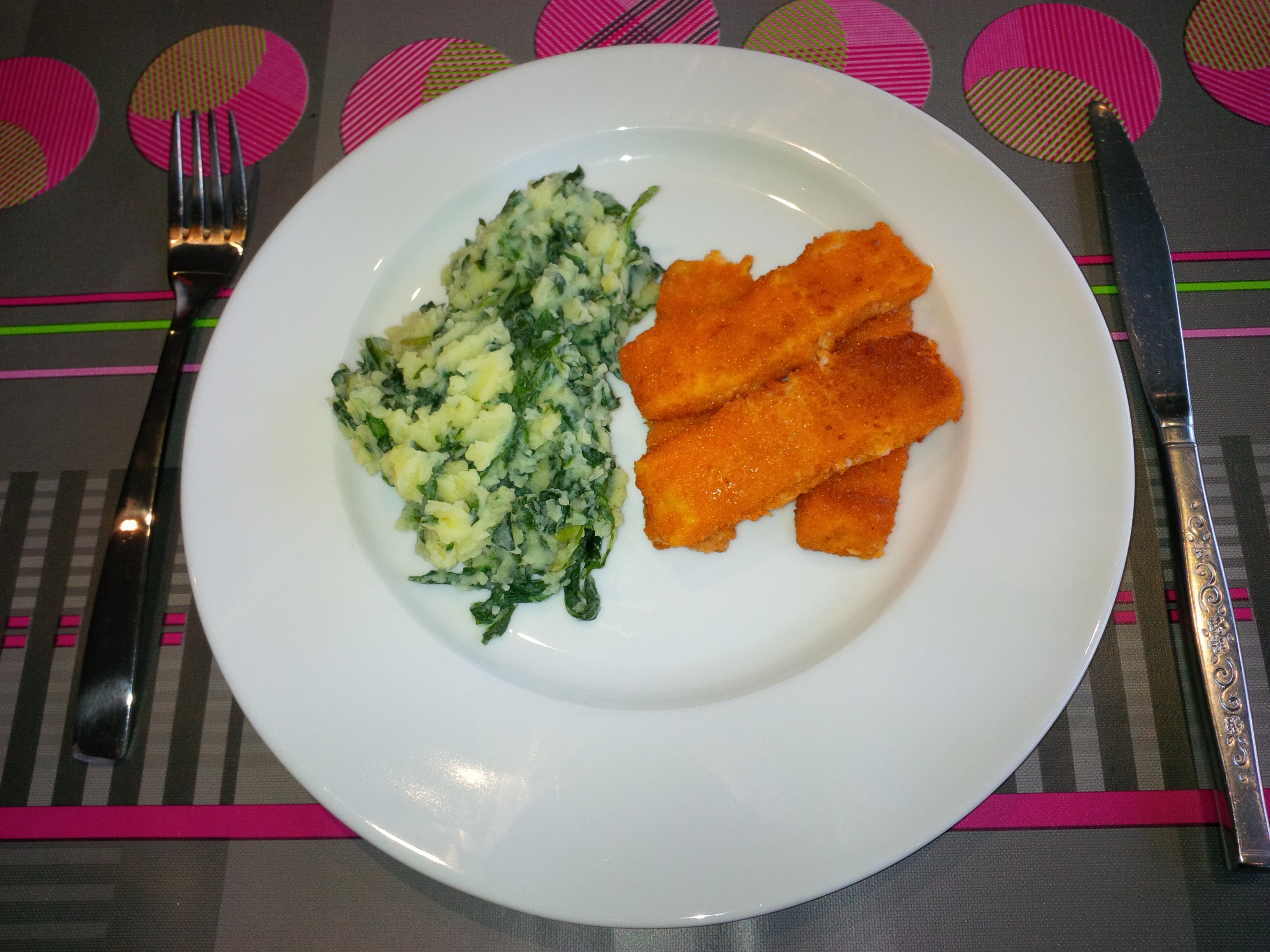 Spinaziepuree met fishsticks
