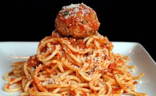 Ovenschotel pasta gehaktballen