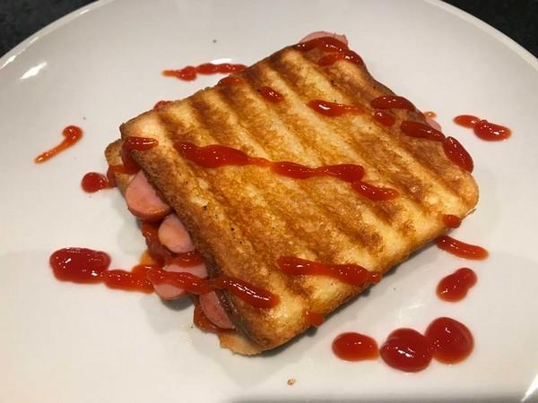 croque hotdog